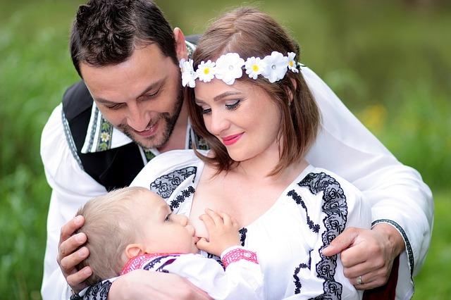 母乳育児の辛さもあることを知る。蛯原英里さんの記事に共感する女性も多いかな